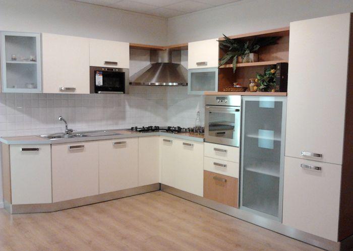 Pin Cucine Angolari Angolo Modelli Muratura Progetti Genuardis Portal ...